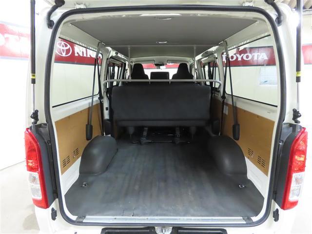 DX GLパッケージ 4WD ナビ&TV ETC 横滑り防止機能 ワンオーナー キーレス 盗難防止装置 乗車定員9人 3列シート ディーゼル ABS エアバッグ オートマ(9枚目)