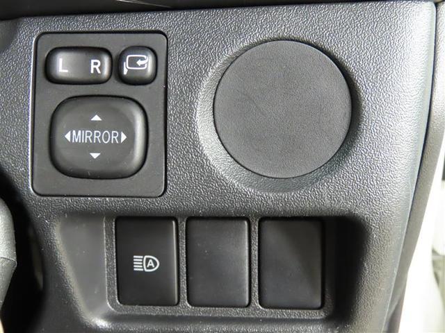 DX GLパッケージ 4WD ナビ&TV ETC 横滑り防止機能 ワンオーナー キーレス 盗難防止装置 乗車定員9人 3列シート ディーゼル ABS エアバッグ オートマ(16枚目)