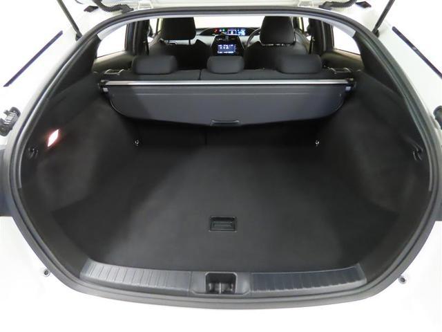 A ETC バックカメラ スマートキー アイドリングストップ ミュージックプレイヤー接続可 横滑り防止機能 LEDヘッドランプ ワンオーナー キーレス 盗難防止装置 電動シート 乗車定員5人 ABS(8枚目)