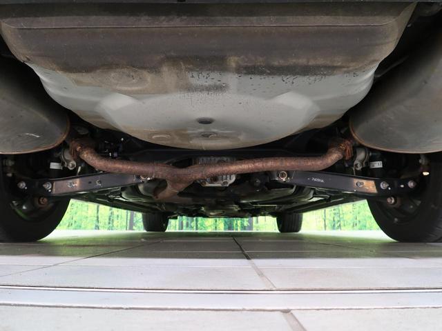 2.5iアイサイト 4WD 衝突軽減 SDナビ シートヒーター パワーシート 革シート ETC クルコン 禁煙車 HIDヘッド(31枚目)
