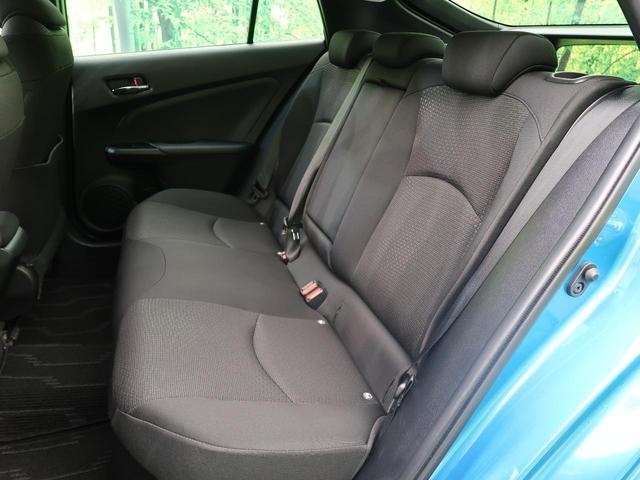 S 4WD レンタカーアップ SDナビ バックカメラ ETC スマートキー LEDヘッド オートハイビーム レーンアシスト 禁煙車 レーダークルーズ 純正15インチAW(39枚目)