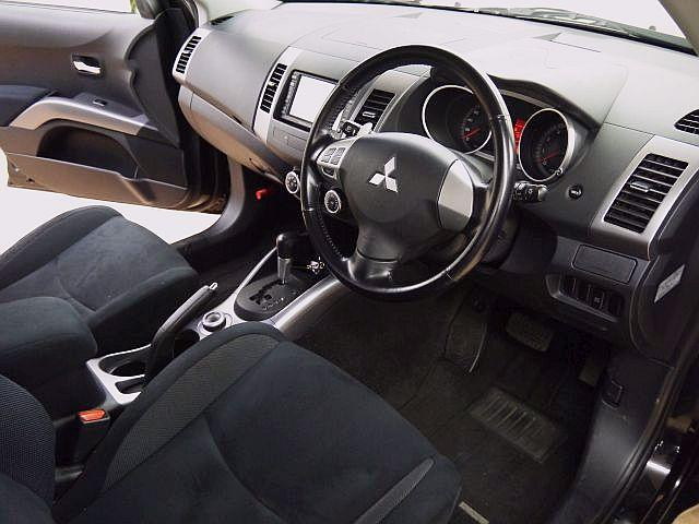 G 4WD HDDナビ Bカメラ AC100V 禁煙車(11枚目)