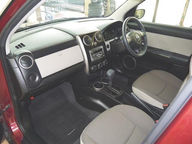 C 4WD・禁煙車・スマートキー・タイミングチェーン式・障害物センサー・社外アルミホイール・ドアバイザー・フルオートエアコン・盗難防止装置(12枚目)