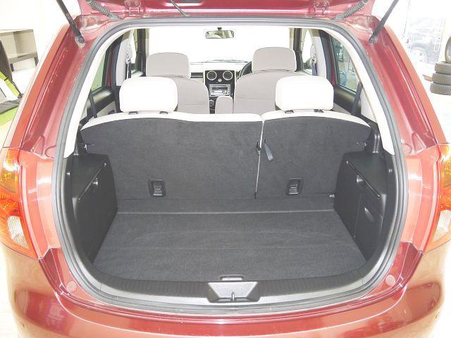 C 4WD・禁煙車・スマートキー・タイミングチェーン式・障害物センサー・社外アルミホイール・ドアバイザー・フルオートエアコン・盗難防止装置(15枚目)