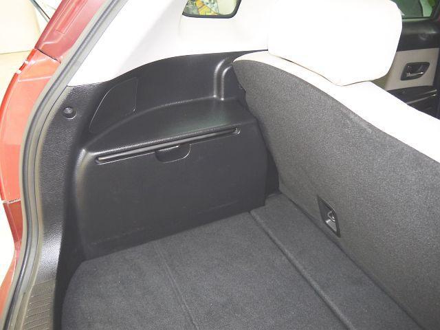 C 4WD・禁煙車・スマートキー・タイミングチェーン式・障害物センサー・社外アルミホイール・ドアバイザー・フルオートエアコン・盗難防止装置(57枚目)