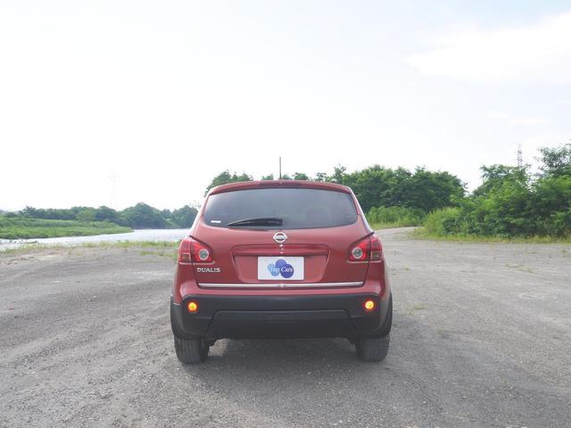20G FOUR 4WD・デフロック・禁煙車・インテリジェントキー・SDナビ・フルセグテレビ・駐車ガイド付バックカメラ・DVD再生・ミュージックサーバー・ミュージックプレーヤー接続・Bluetooth・オートライト・(7枚目)