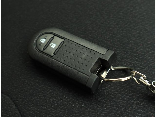 スタイル ブラックリミテッド SAIII 登録済未使用車 パノラマカメラ LEDヘッドライト オーディオレス(11枚目)