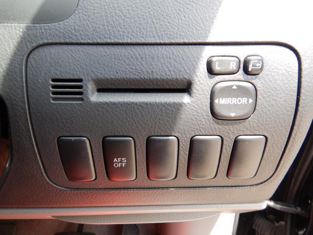 AS 4WD 7人乗り 後期モデル Wスライドドア TVナビ バックカメラ フリップダウンモニター ETC DVD再生(22枚目)