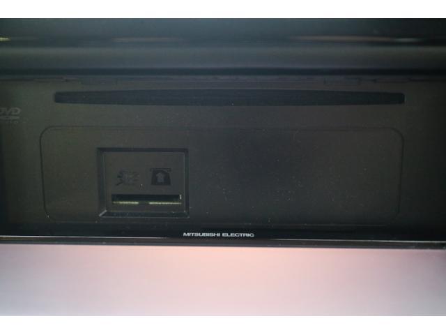 X 4WD オリジナルオールペイント ホワイトレター新品タイヤ ナビ・TV・バックカメラ 8人乗り(19枚目)