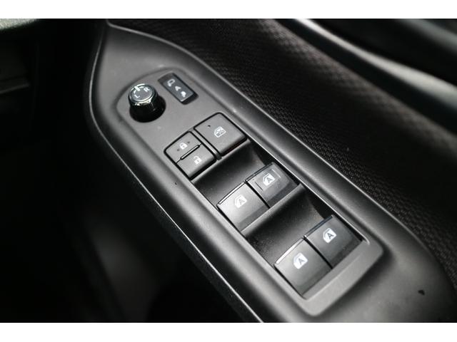 X 4WD オリジナルオールペイント ホワイトレター新品タイヤ ナビ・TV・バックカメラ 8人乗り(26枚目)