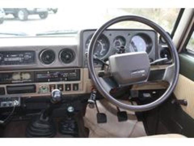 トヨタ ランドクルーザー60 オーストラリアモデル FJ62RG 3Fキャブ 国内未登録
