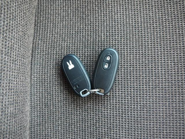 純正CDオーディオ スマートキー プッシュスタート フル装備 ABS Wエアバッグ(3枚目)