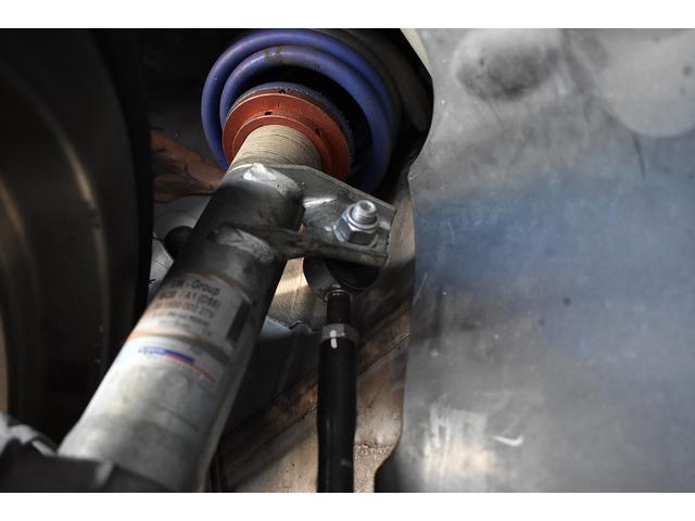 ベースグレード Schmieden18インチAW SACHS車高調 GARAGE VARYリアディフューザー 034motorsportスタビリンク 純正ナビ・TV BANG&OLUFSENサウンドシステム(14枚目)