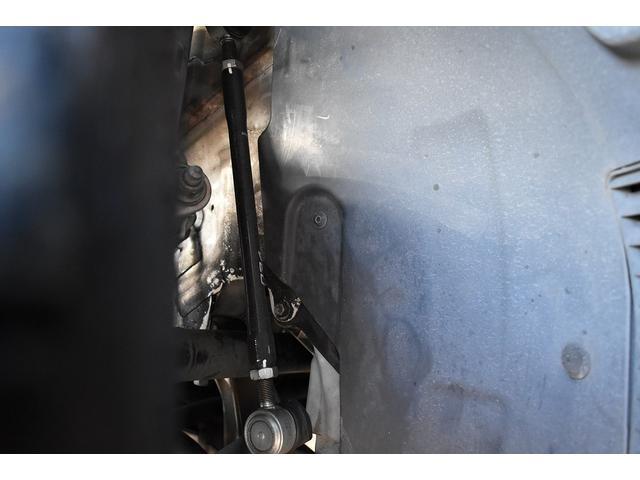 ベースグレード Schmieden18インチAW SACHS車高調 GARAGE VARYリアディフューザー 034motorsportスタビリンク 純正ナビ・TV BANG&OLUFSENサウンドシステム(15枚目)