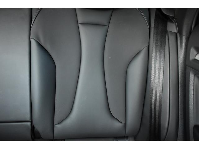 ベースグレード Schmieden18インチAW SACHS車高調 GARAGE VARYリアディフューザー 034motorsportスタビリンク 純正ナビ・TV BANG&OLUFSENサウンドシステム(46枚目)