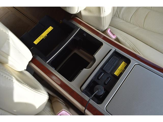 240G ツインサンルーフ MODELLISTAエアロLOXARNY20AW RS☆R車高調 純正ナビTVトヨタプレミアムサウンドシステム フリップダウンモニター クラッツィオシートカバー 両側電動スライドドア(34枚目)