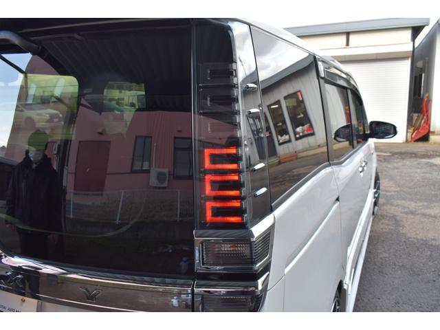 ハイブリッドZS 煌II ワンオーナー RAYS19AW BLITZ車高調MODELLISTAエアロリヤスポイラーマフラー 10インチナビTV 12.1インチフリップダウンモニター シートヒーター 両側電動スライドドア(12枚目)
