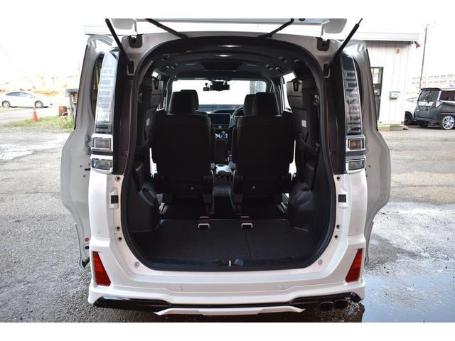 ハイブリッドZS 煌II ワンオーナー RAYS19AW BLITZ車高調MODELLISTAエアロリヤスポイラーマフラー 10インチナビTV 12.1インチフリップダウンモニター シートヒーター 両側電動スライドドア(64枚目)