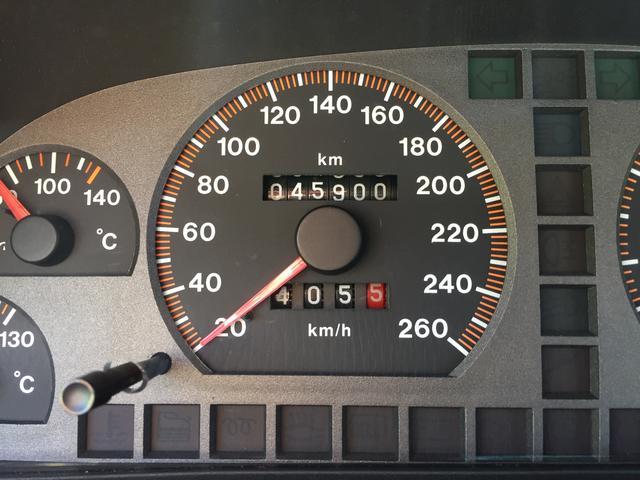 2.5 V6 5MT 左ハンドル(16枚目)