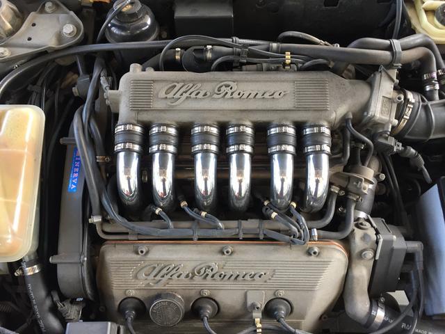 2.5 V6 5MT 左ハンドル(17枚目)