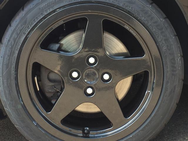 2.5 V6 5MT 左ハンドル(18枚目)