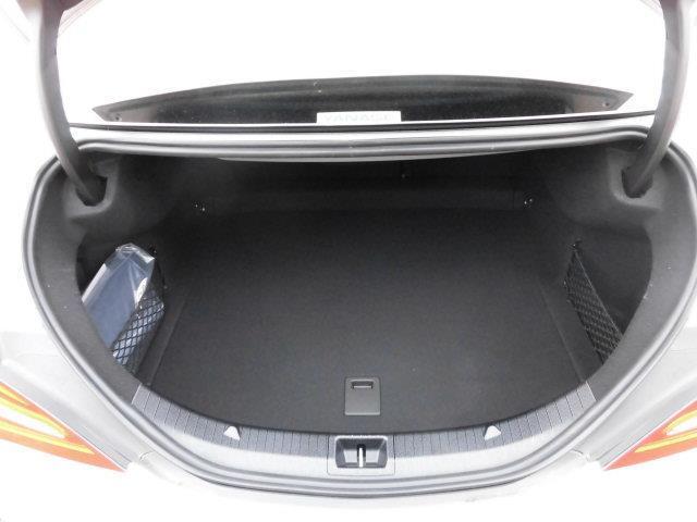 メルセデス・ベンツ M・ベンツ CLA220 4マチックレーダーセーフティパッケージ