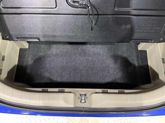 G・Lパッケージ 純正CDチューナー スマートキー ETC アイスト バックカメラ付 横滑り防止装置 盗難防止 ベンチシート スマキー ETC キーフリー CD ABS AAC パワーウインドウ Wエアバック(13枚目)