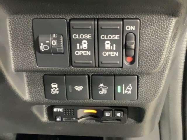 G・ホンダセンシング 両側電ドア Mナビ Rカメ ETC スマートキー Rカメ W電動ドア ナビTV クルーズコントロール メモリーナビ フルセグTV ETC スマートキー アイドリングストップ ABS 衝突軽減ブレー(16枚目)