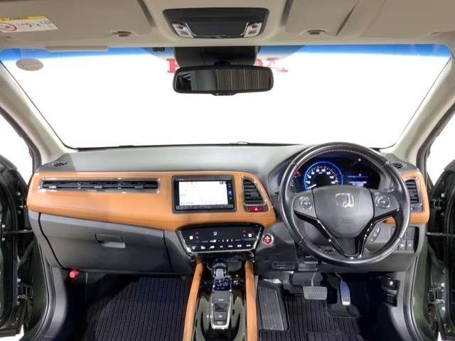 ハイブリッドZ 低速域衝突軽減ブレーキ Mナビ Rカメラ ETC エマージェンシーストップシグナル LEDランプ TVナビ 地デジTV ETC車載器 クルコン メモリナビ DVD再生 スマートキー CD アルミ(11枚目)
