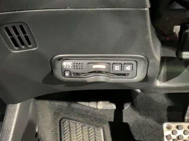 RS・ホンダセンシング メモリーナビ Rカメラ ETC 前ドラレコ CD レーダークルコン アルミ 衝突被害軽減 LEDヘッドランプ ナビTV キーレス シートヒー スマートキー ETC メモリーナビ DVD 横滑り防止装置(17枚目)