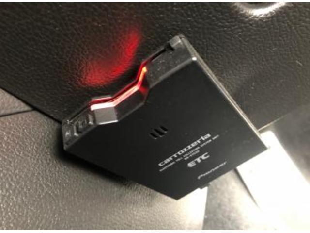 2.0i 4WD アイドリングストップ メモリーナビ地デジ(18枚目)