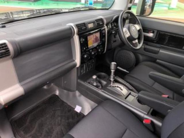 カラーパッケージ 4WD HDDナビ地デジ リフトUP(4枚目)