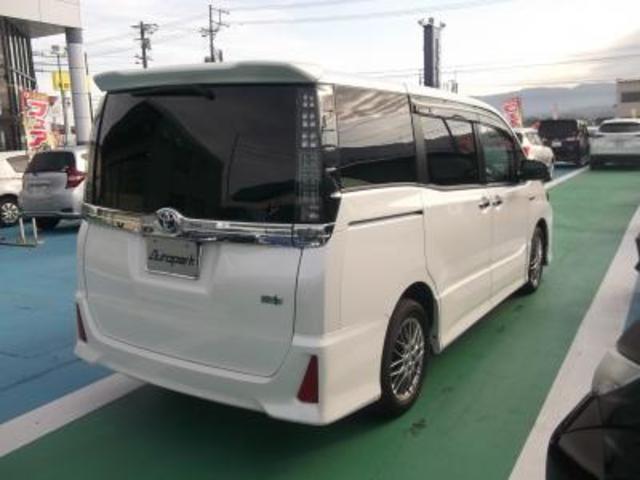 ハイブリッドZS 煌II メモリーナビTV 7人乗り(3枚目)