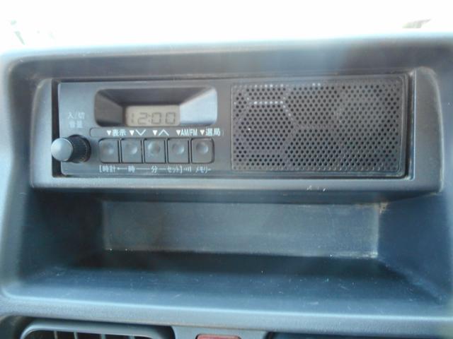 M パートタイム4WD エアコン パワステ 運転席エアバック オートマ AM/FMラジオ(10枚目)