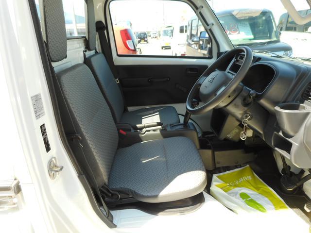 M パートタイム4WD エアコン パワステ 運転席エアバック オートマ AM/FMラジオ(12枚目)