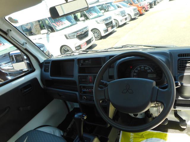 M パートタイム4WD エアコン パワステ 運転席エアバック オートマ AM/FMラジオ(13枚目)