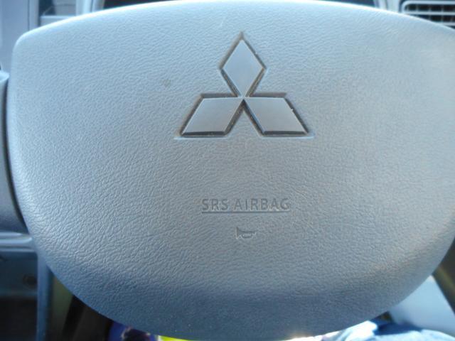 M パートタイム4WD エアコン パワステ 運転席エアバック オートマ AM/FMラジオ(18枚目)