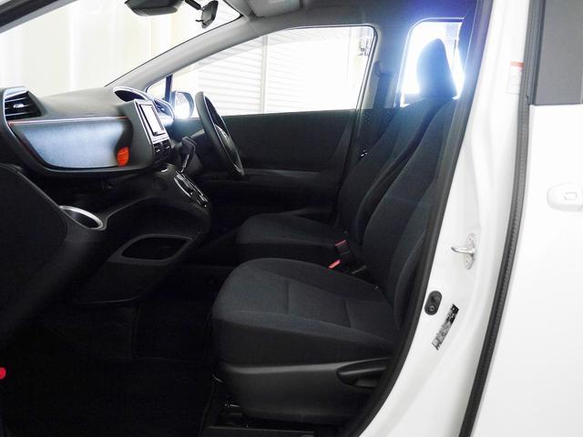 トヨタ シエンタ ハイブリッドG  トヨタセーフティセンスC  社外SDナビ