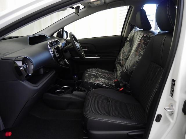 トヨタ アクア クロスオーバー 登録済未使用車 LEDヘッドライト