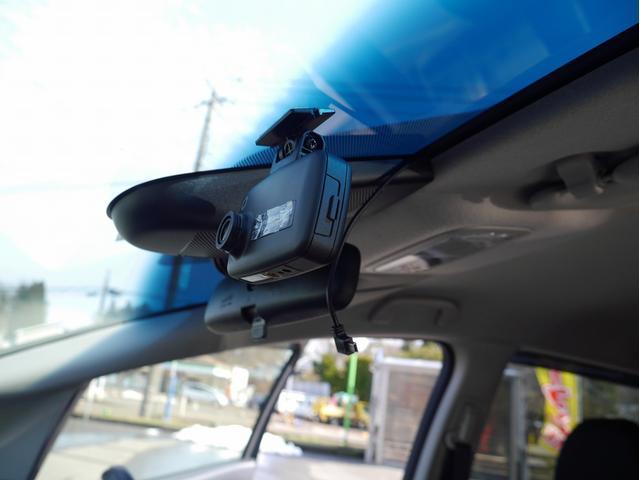 13G・L ホンダセンシング 純正ナビ/フルセグTV ホンダセンシング LEDヘッドライト LEDフォグ 前席ドラレコ コーナーポール ETC バックカメラ スマートキー(3枚目)