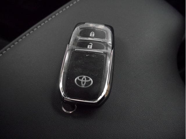 Z 4WD 登録済未使用車 衝突被害軽減ブレーキ ディーゼルターボ 純正17インチアルミホイール クルーズコントロール 障害物センサー LEDヘッドライト スマートキー(6枚目)