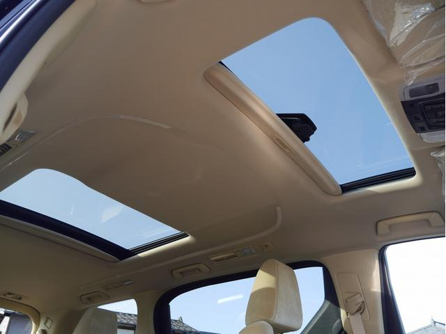 X E-FOUR 4WD 登録済未使用車 7人乗り ツインムーンルーフ メーカーオプションナビ Tコネクトナビキット 両側PSドア バックカメラ LEDヘッドライト 純正16インチアルミホイール(6枚目)