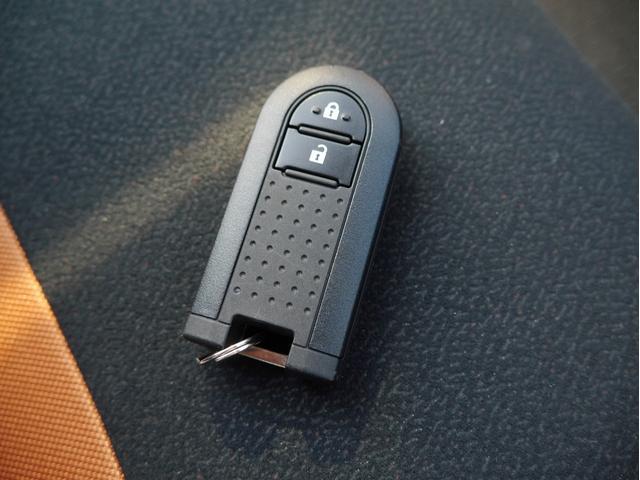 スタイル ブラックリミテッド SAIII 4WD CDオーディオ 衝突被害軽減ブレーキ 運転席シートヒーター LEDヘッドライト オートマチックハイビーム 障害物センサー アイドリングストップ スマートキー(19枚目)