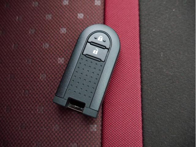 スタイル ホワイトリミテッド SAIII 登録済未使用車 衝突被害軽減ブレーキ パノラマモニター LEDヘッドライト LEDフォグライト 障害物センサー アイドリングストップ スマートキー(5枚目)