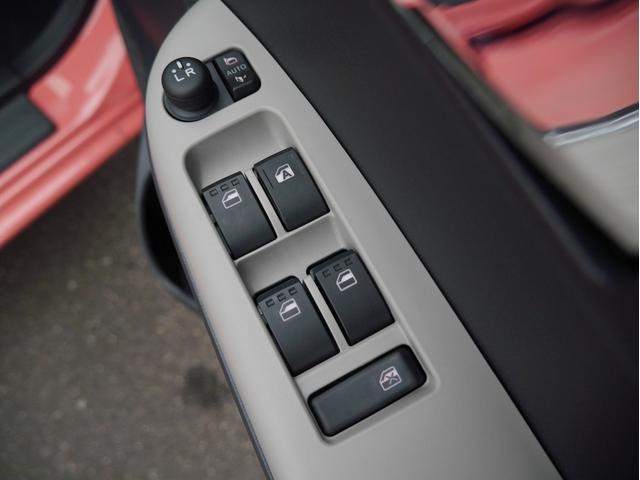 スタイル ホワイトリミテッド SAIII 登録済未使用車 衝突被害軽減ブレーキ パノラマモニター LEDヘッドライト LEDフォグライト 障害物センサー アイドリングストップ スマートキー(29枚目)