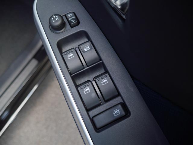 ベースグレード 登録済未使用車 両側PSドア 衝突被害軽減ブレーキ パノラミックビュー 純正14インチアルミホイール LEDヘッドライト 前席フットイルミ クルーズコントロール スマートキー(34枚目)