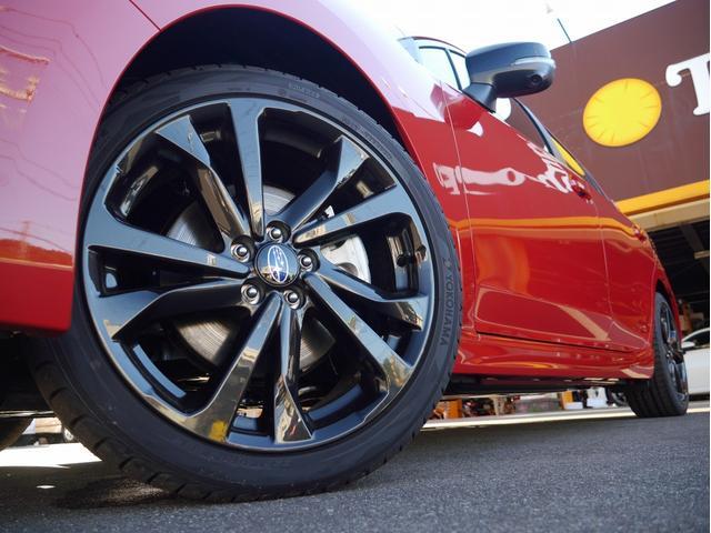 STIスポーツ 4WD 登録済未使用車 衝突被害軽減ブレーキ LEDヘッドライト アダプティブクルーズコントロール 純正18インチアルミホイール パワーシート スマートキー(6枚目)