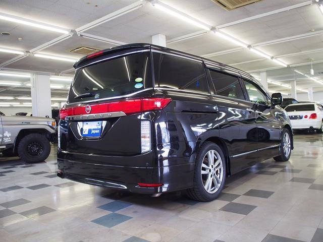 ☆全国的にも珍しいお車や豪華オプション付きのお車を厳選して取り揃えております♪