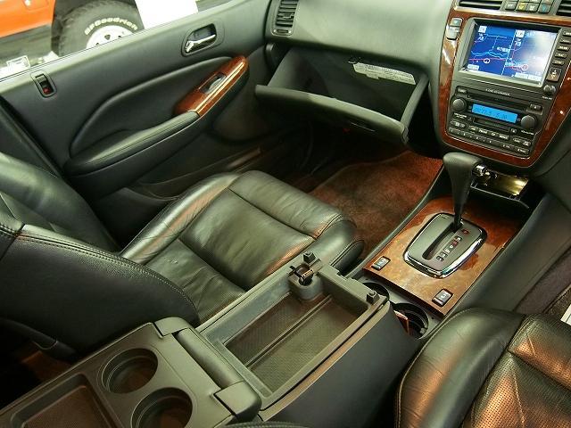 エクスクルーシブ 4WD 黒革 サンルーフ クルコン ETC(19枚目)