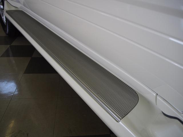 VXリミテッド Gセレクション 本革 OPサンルーフ AHC シートヒーター ルーフレール デフロック ナビ 地デジ 後期型(24枚目)